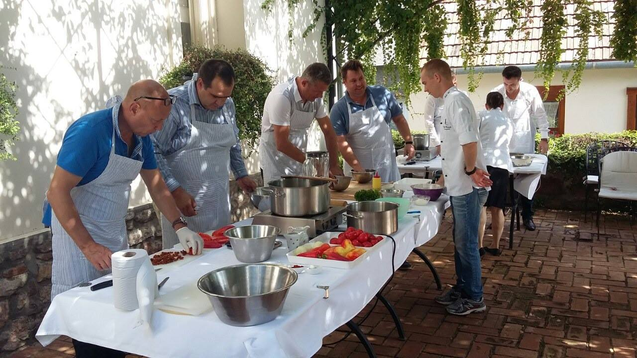 Hungarian COOK off