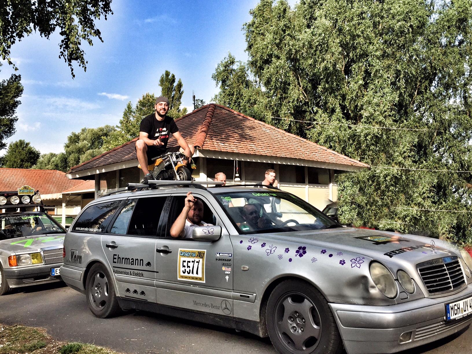 DUNA hosted the adventurous Carbage Run @ Lake Balaton!